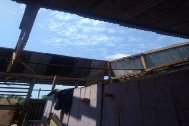 San Martín: Se registraron al menos 17 viviendas y un colegio afectados por fuertes vientos