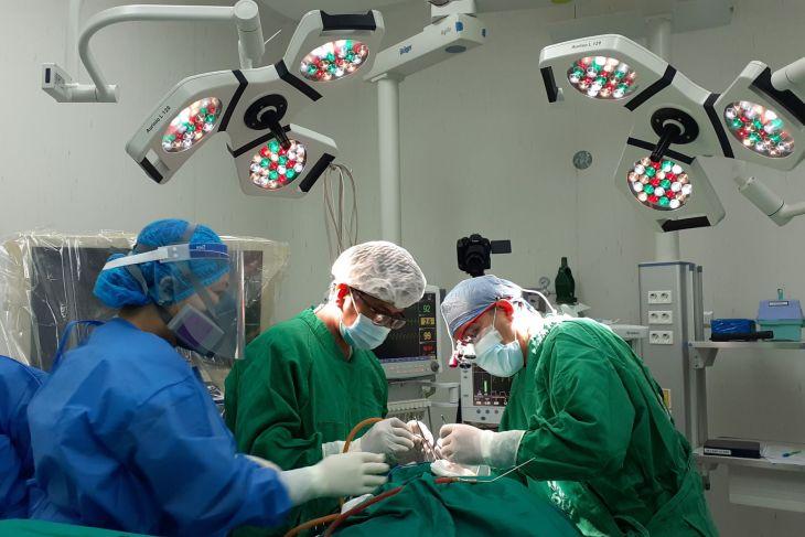 Cirugía de emergencia: Médicos de EsSalud Tarapoto extirpan tumor a paciente adulta mayor