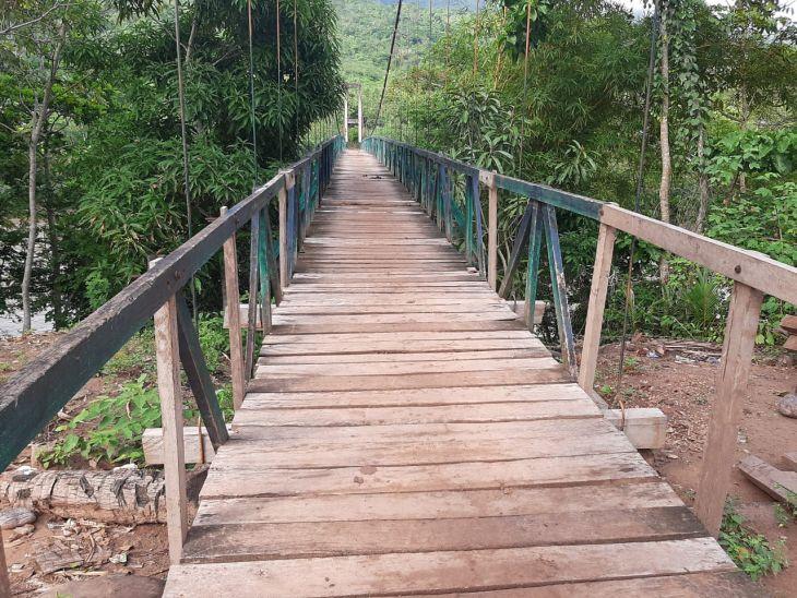 Lamas: Para evitar accidentes, gobierno regional inicia urgente reparación de puente sobre río mayo en el Centro Poblado de San Antonio