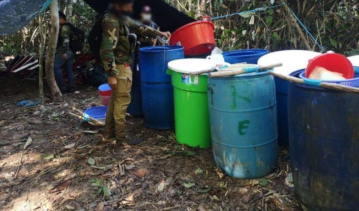Huimbayoc: Destruyen dos laboratorios para procesamiento de PBC y más de dos toneladas y media de insumos químicos