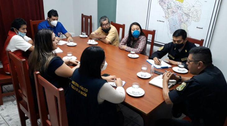 Defensoría del Pueblo, PNP y Fiscalía se reúnen con dirigentes para garantizar orden público en movilizaciones
