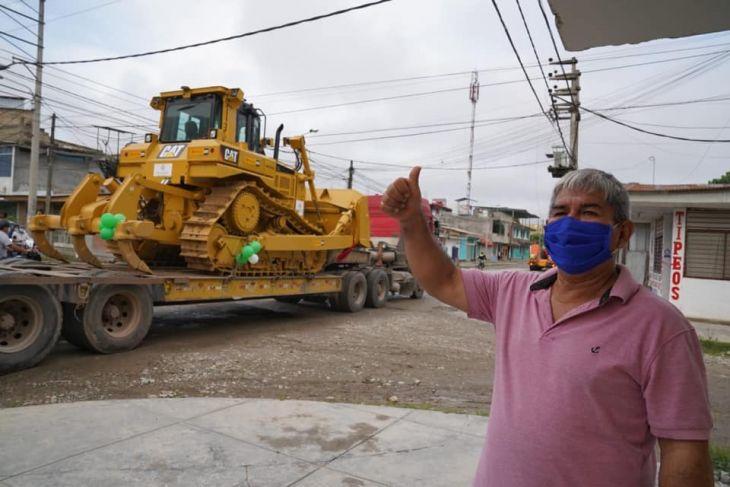 Gobierno regional de San Martín entregó ayer pool de maquinaria en Tocache y esta semana lo hará en Moyobamba