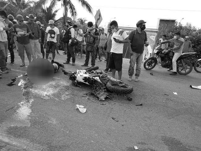 Heridos en accidente de tránsito ayer en la carretera FBT cerca del ingreso al distrito de Cuñumbuque se encuentran internados en el hospital de Tarapoto