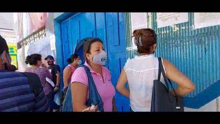 Matrícula 2021: Nuevamente padres de familia en busca de vacantes para sus hijos en las instituciones educativas estatales de Tarapoto