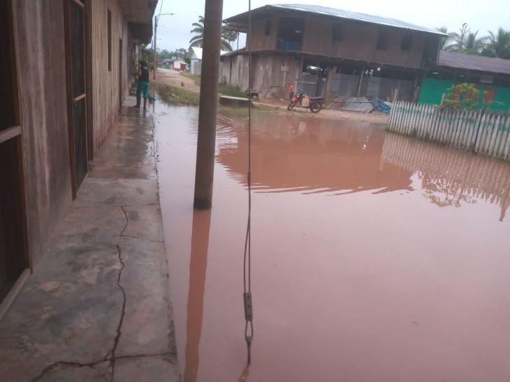 Poblaciones continúan alertas por desborde del Río Huallaga