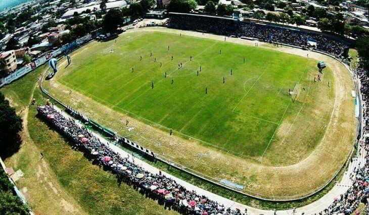 Alcalde de Tarapoto anuncia que estadio municipal entrará en funcionamiento el próximo mes de abril
