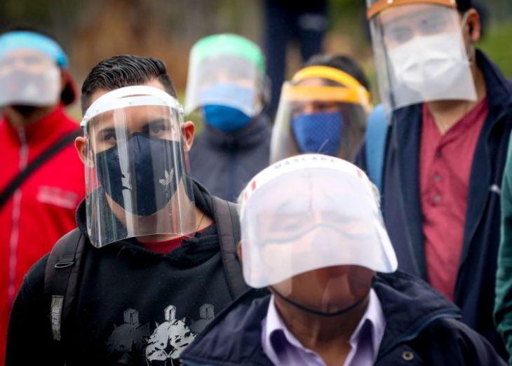 Desde hoy el uso de mascarilla y protector facial será de carácter obligatorio dentro de centros comerciales, supermercados, tiendas y hospitales