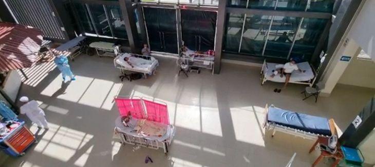Ante incremento de pacientes COVID, personas con otras patologías son atendidos en plataforma de consultorio externo en el Hospital de Tarapoto