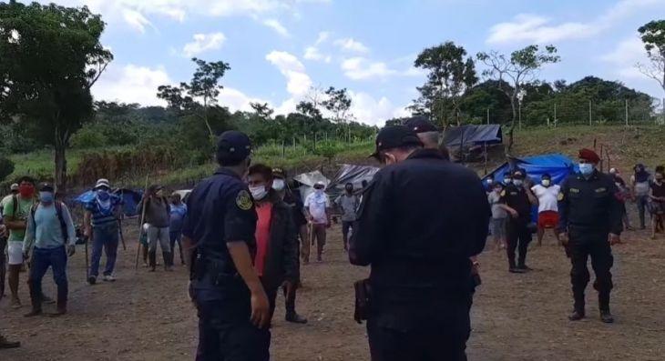 La Banda de Shilcayo: Cerca de 100 personas fueron desalojadas por la PNP de un terreno de dos hectáreas de propiedad del Goresam