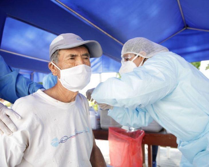Hoy continuará por tercer día, jornada de vacunación contra la Covid-19, para adultos mayores de 80 años