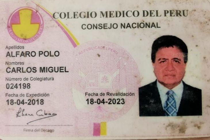 Hija de médico que trabaja en Nueva Cajamarca, denunció que EsSalud Moyobamba trasladó ayer a su padre en ambulancia aérea hasta Iquitos y al llegar a esa ciudad no encontraron cama UCI