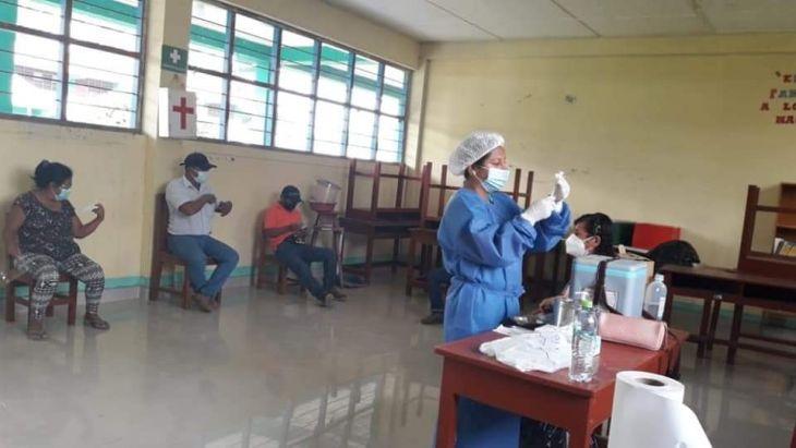 Hoy continuará jornada de vacunación contra la Covid 19 para personas de 56 a 59 años
