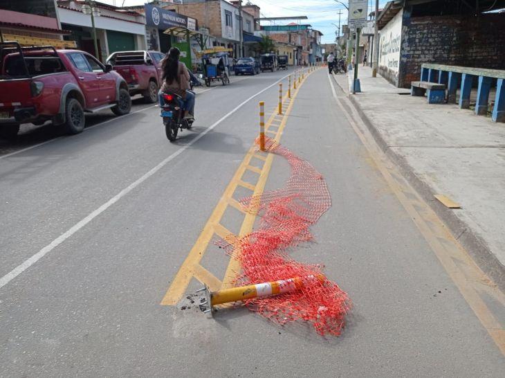 Diario Amanecer: Municipalidad de Moyobamba retira postes de concreto de Ciclovía tras cuestionamientos de pobladores