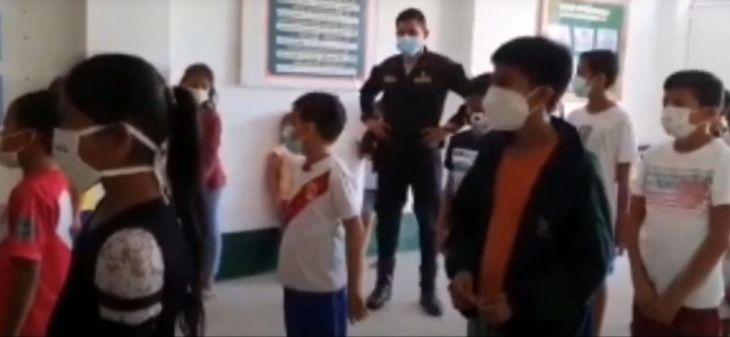 Nuevo Lima: Personal policial apoya a niños con sus labores escolares y realizan reforzamiento de sus tareas