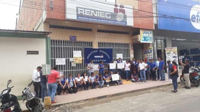 Trabajadores sindicalizados del Reniec acatan Paro Nacional de 24 horas