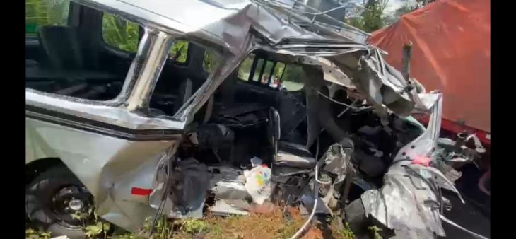Madre e hijo mueren en el accidente de tránsito cerca de Maceda