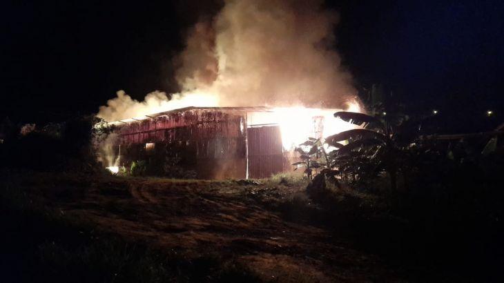 Moyobamba: Un dantesco incendio redujo a cenizas un almacén de cascarilla de arroz y café