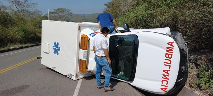 Gestante de 16 años resulta herida en despiste de ambulancia cuando era trasladada desde Picota al hospital de Tarapoto