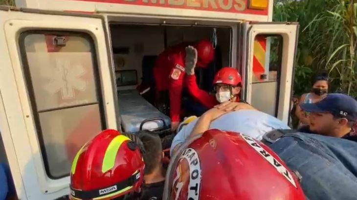 Accidente de tránsito dejó dos heridos ayer domingo en la carretera Lamas – Pamashto
