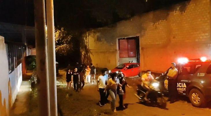 Vecinos denuncian que discotecas de Morales funcionan durante el toque de queda sin que ninguna autoridad intervenga a pesar de la emergencia sanitaria