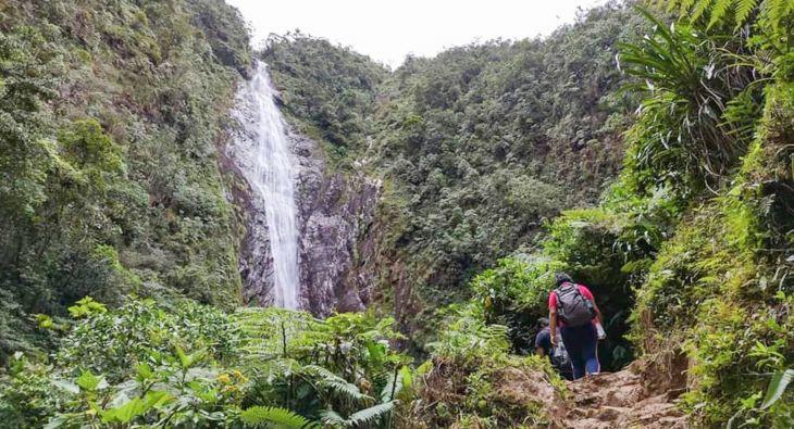 """Uchiza: Como parte de la reactivación del turismo reabren Catarata """"Velo de Plata"""""""